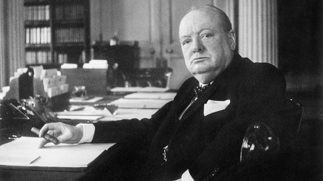 Winston Churchill a grandi à l'ombre d'un père despotique